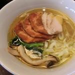 麺屋龍壽 - チャーシュー芳酵中華そば塩980円