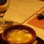 スペイン料理&ワイン パエリア専門店 ミゲルフアニ - エビのアヒージョ
