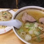 5306233 - 炒飯とラーメンのセット750円