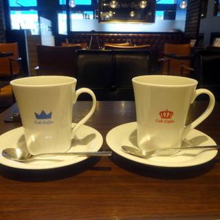 オスロ コーヒー 麻布十番店 - キングとクイーン