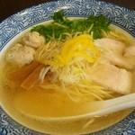 53062797 - 鶏塩ソバ750円