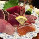 海鮮料理 みはる - 「岬 定食」(1600円)の刺身