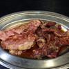 焼肉 こしき - 料理写真:左:上アバラ 900円                                                          右:ハラミサガリ 750円