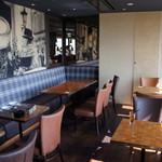 クラフトビアハウスモルト - 陽気にビールやお料理が楽しめる雰囲気