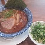 大宮豚骨 一番軒 - 黒豚骨青ねぎ山ラーメン(細麺) 800円