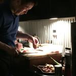 53076842 - 店主さま…調理中です♪