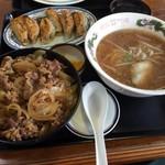 醤醤 - 牛丼+餃子+小ラーメン 770円(第八回投稿分①)