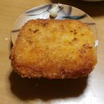 松明 - 料理写真:赤ハムカツ