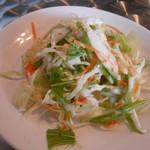 カジャ ガル - SALADA ガパオライスにセットのサラダ
