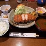とんかつ藤よし - 米の娘豚ロースカツ定食1825円(税込)