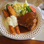 レコパル - 料理写真:エビフライとポークカツの盛り合わせ 1200円