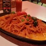 ユキ - 「鉄板イタリアンスパゲティ (650円)」、アツアツの鉄板がじゅわぁ~っと音を立ててます♪