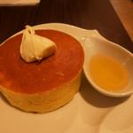 雪ノ下 - パンケーキ クローテッドクリームと蜜柑蜂蜜