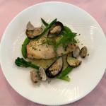 ル・タブリエ - 本日の市場から 魚のポワレ