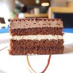 ニュートゥモローカフェ - ケーキセット 750円 のショコラカフェ