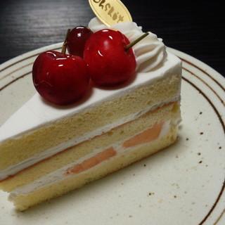 自然菓子工房 欧舌 - 料理写真:季節のフルーツのショートケーキ(356円)