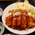 とも - チーズチキンカツ定食(チーズチキンカツ)