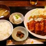 とも - チーズチキンカツ定食:750円
