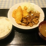 53099469 - 豚の生姜焼きからのコンビ定食720円