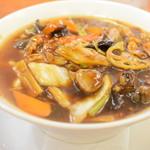 万豚記 - 広東麺