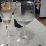 ラ タベルネッタ アッラ チヴィテッリーナ - スプマンテと白ワイン