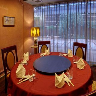 「完全個室」で特別な空間をご提供。
