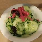 食事処 あみじゅう - 胡瓜の塩もみ。紅ショウガは自家製だとか