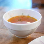 SOAKS - ランチセット 人参とトマトのスープ