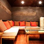 新宿イタリアン カルボナード - ロフト上のソファー席は一席のみなのでお早めにご予約を。お家にいるような感覚で過ごせます。