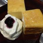 ホンキートンク - 自家製ミニチーズケーキ