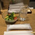 豚ステーキ十一 - パイナップル入りサラダ