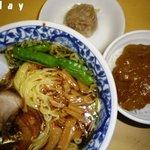 幸軒 - ラーメン・茶碗カレー・焼売1ヶ 1.100yen也