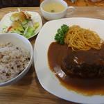 洋食キッチン cocoro - 料理写真:あらびきハンバーグ和牛100%