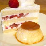 SANTA CAFE - パスタAセット(¥1,830) ゆるぎない特製デザート ショートケーキとプリン