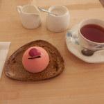 53127903 - ラ・フィーユと紅茶