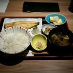 53128182 - 焼き魚膳(1000円)