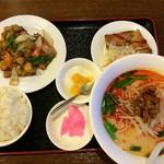 福運来 - 鶏黒胡椒炒め定食 980円