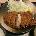 53132076 - ロースカツ定食・上(690円)
