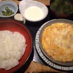 赤坂 ざんまい - 親子丼定食2016.6.撮影