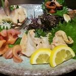 53135302 - 本日の貝類盛り合わせ(1980円)