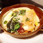 53136241 - ラザニア 牛肉のラグーと自家製リコッタチーズのナポリ風