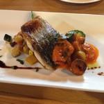53136444 -                        魚料理                       ・サワラのソテー(バルサミコソース、パプリカソース)