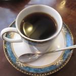 保久良珈琲店 - 素敵なカップに入ったコーヒー