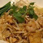 チャオプラヤ - パッタイ タイ風焼きそば フルーティなソースがお勧め!
