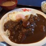 ピーコック - 目玉焼きのせカレーライス ¥700