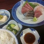 魚料理 ホノルル食堂 - お刺身定食1,300円 サワラが旨い