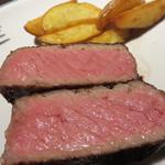 オーセンティック リビング ブッチャー エヌワイシー 福岡警固 - ドライエイジングビーフ(熟成肉)がウリのオトナ系肉レストランです。