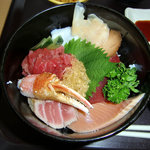 水産食堂 - 海鮮丼 アップ