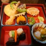 蔵の美食館 北八方 - 天ぷら定食おかず