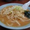 らーめん 知床 - 料理写真:味噌らーめん(¥650税込み)胡麻風味の香ばしいあっさりタイプ